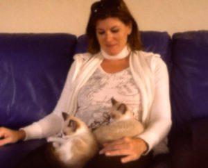 Luxury Pet Sitter & House Sitter - LuxuryPetCompanion.com